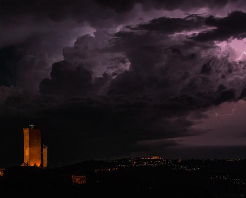 Panorama notturno Barbaresco